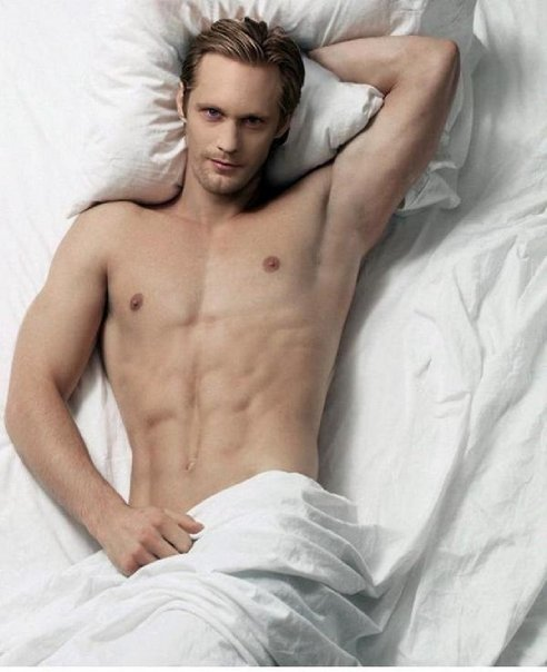 alexander-skarsgard-shirtless